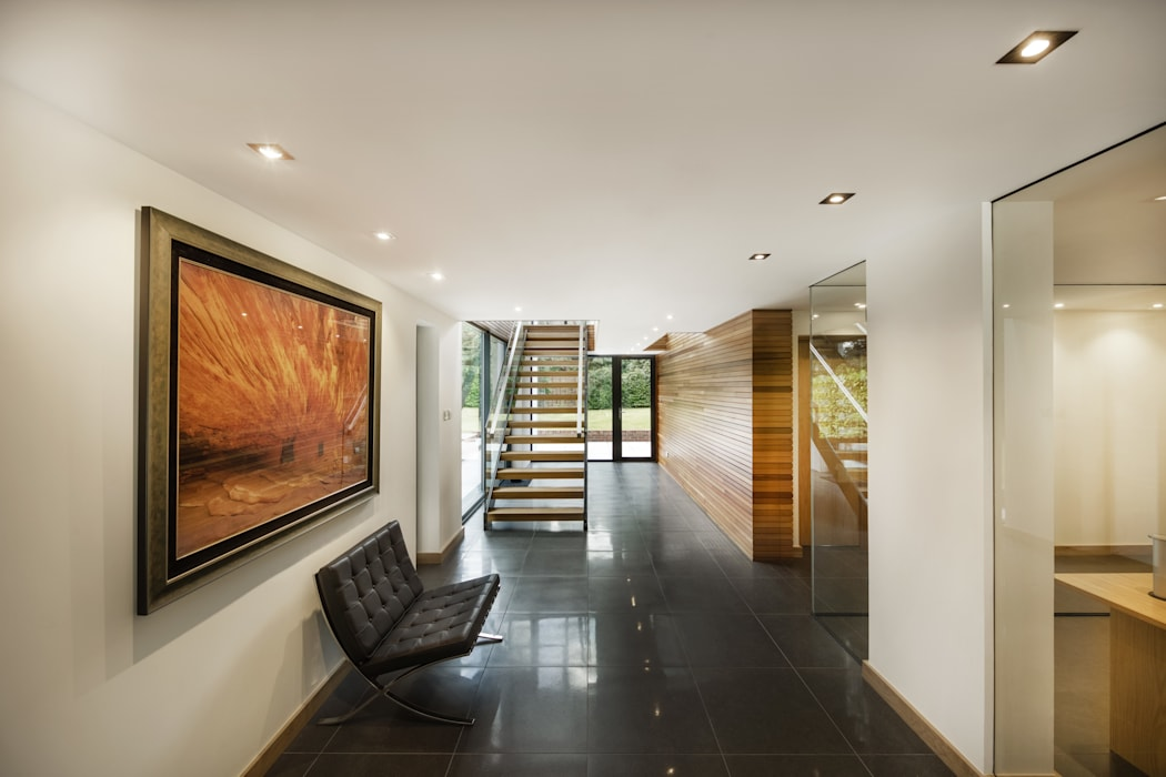 The Garden House Moderner Flur, Diele & Treppenhaus von Re-Format LLP Modern