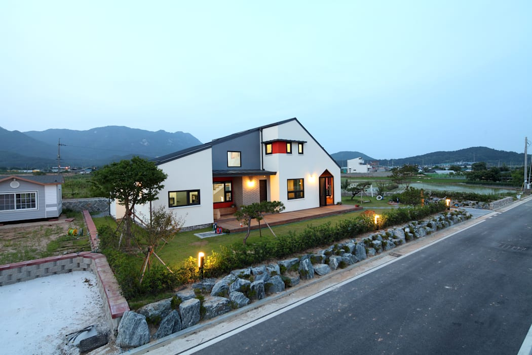 Casas de estilo  de 주택설계전문 디자인그룹 홈스타일토토,