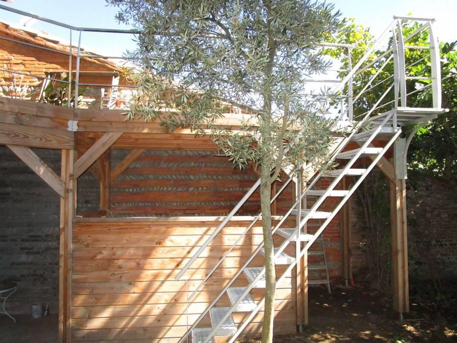 Escalier Exterieur 1 4 Tournant Haut Couloir Et Hall D Entree De