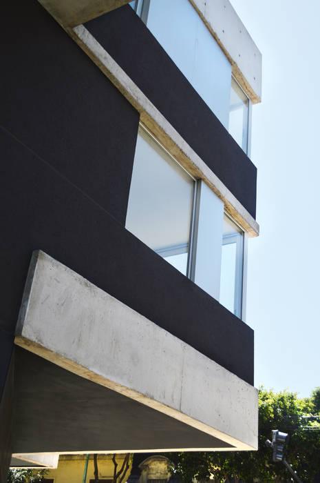 Rumah Modern Oleh F2M Arquitectos Modern Beton