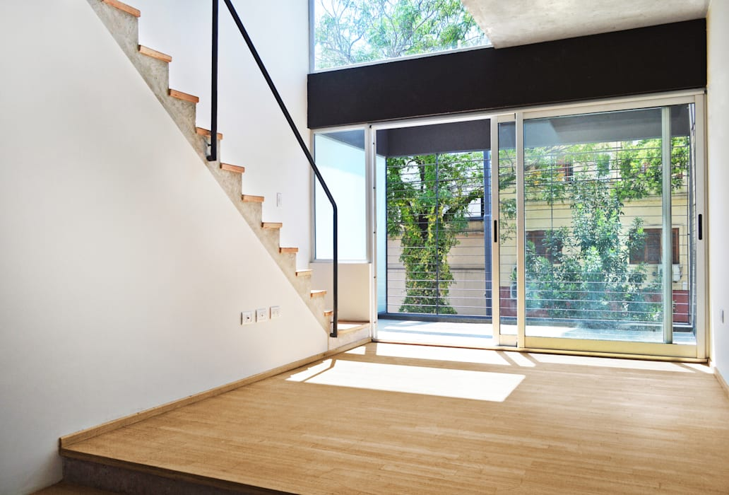 Interior unidad 2 ambientes Livings modernos: Ideas, imágenes y decoración de F2M Arquitectos Moderno Madera Acabado en madera