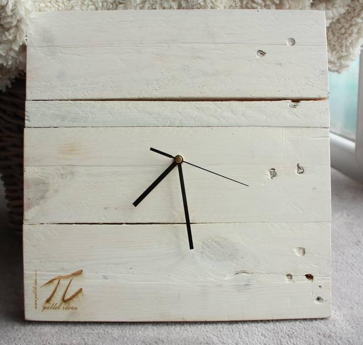 Zegar z palet Palletideas Domowe biuro i gabinetAkcesoria i dekoracje Drewno Biały