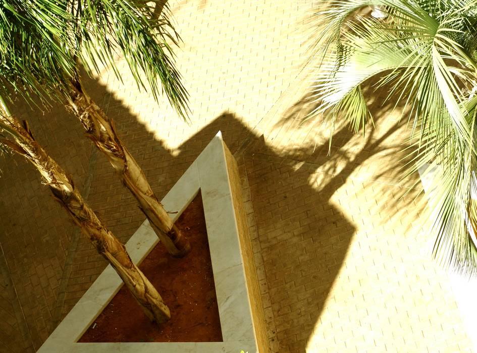 Taman Gaya Mediteran Oleh homify Mediteran Batu Bata