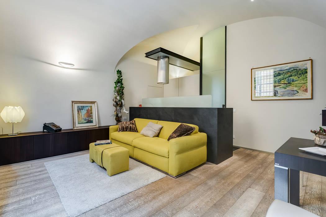 Cavour | Loft Soggiorno moderno di EF_Archidesign Moderno