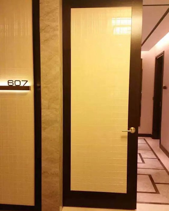 Veri Series in Solaire Hotel Project Modern hotels by ShellShock Designs Modern Marble