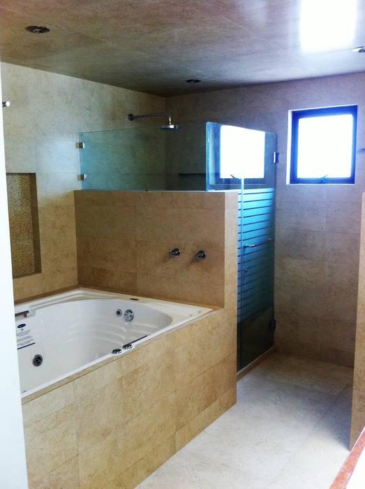 Banheiros modernos por GRUPO ESGO Moderno