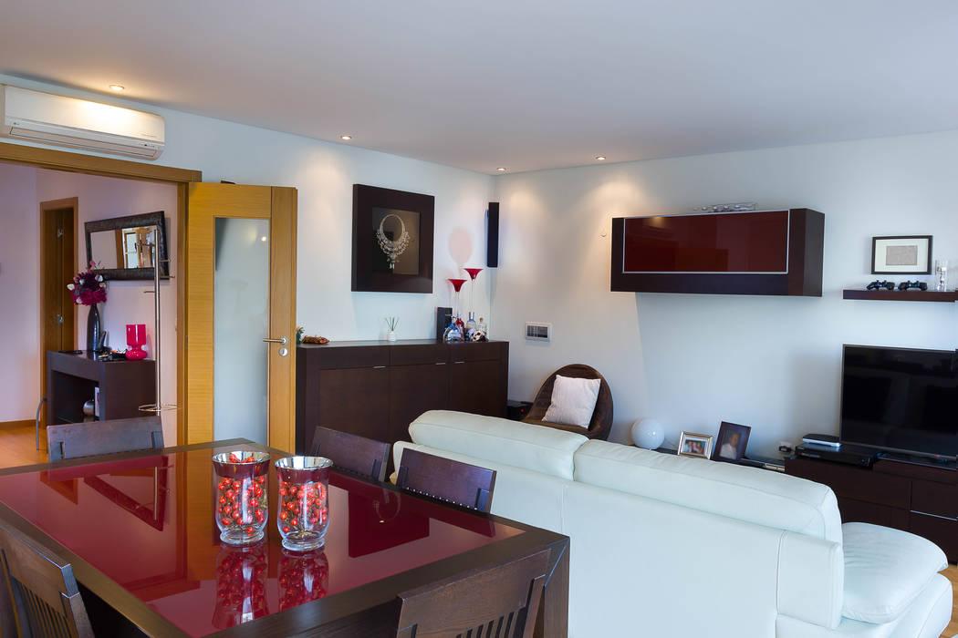 Sessão Fotográfica Imóvel para Venda : Salas de jantar  por Pedro Brás - Fotógrafo de Interiores e Arquitectura | Hotelaria | Alojamento Local | Imobiliárias ,