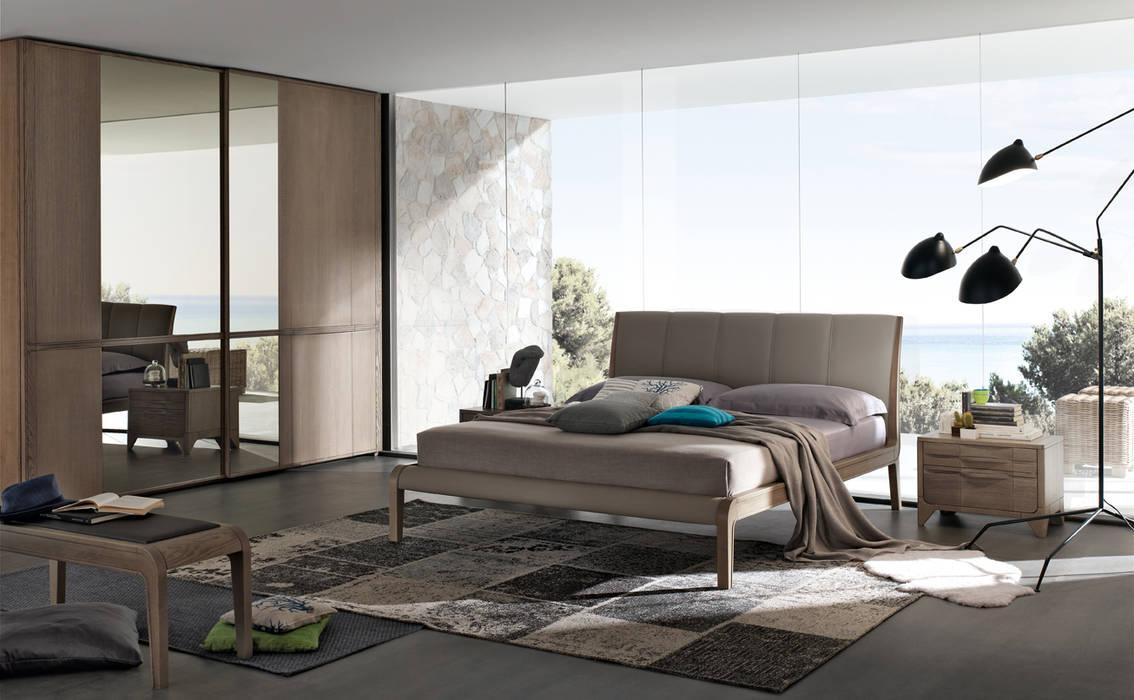 Simple Bedroom Oleh Casa Più Arredamenti