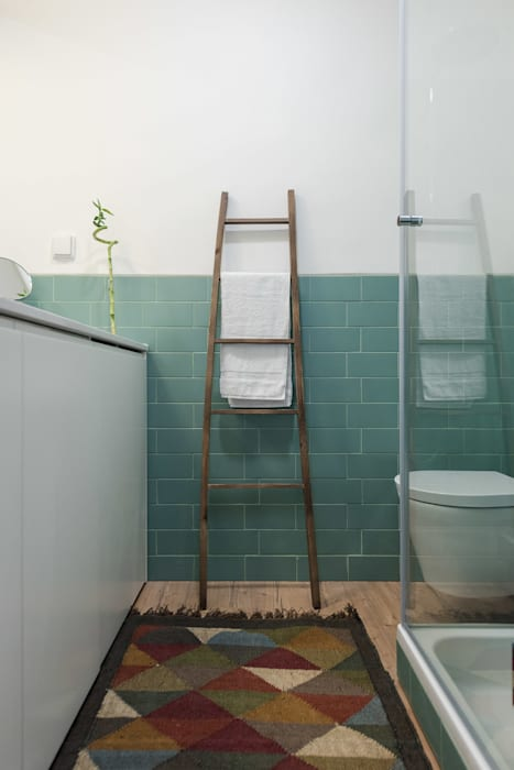 WC_Remodelação Apartamento_Ajuda | Lisboa PT: Casas de banho  por OW ARQUITECTOS lda | simplicity works,