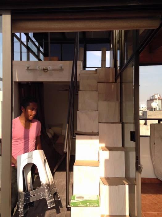 Instalación de Barandal de perfil tubular: Estudios y oficinas de estilo moderno por L&G Arquitectos