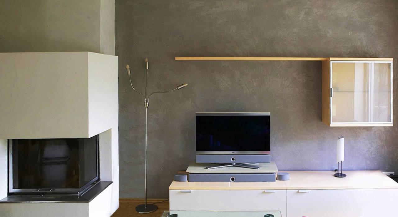 Medienwand als wanddesign im betonlook: wohnzimmer von ...