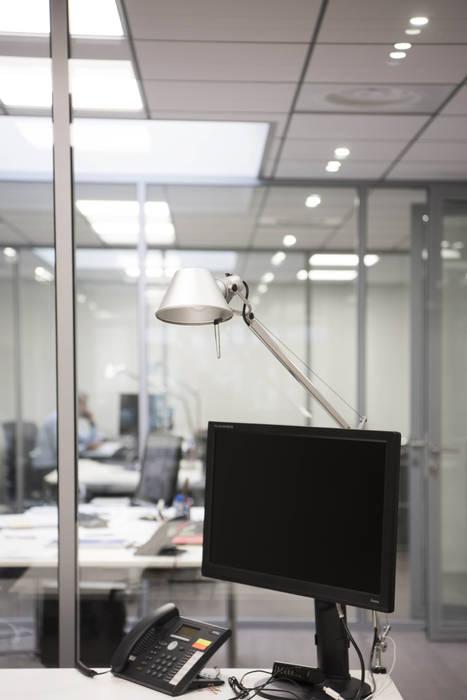 Aménagement bureau: Bureau de style de style Classique par réHome
