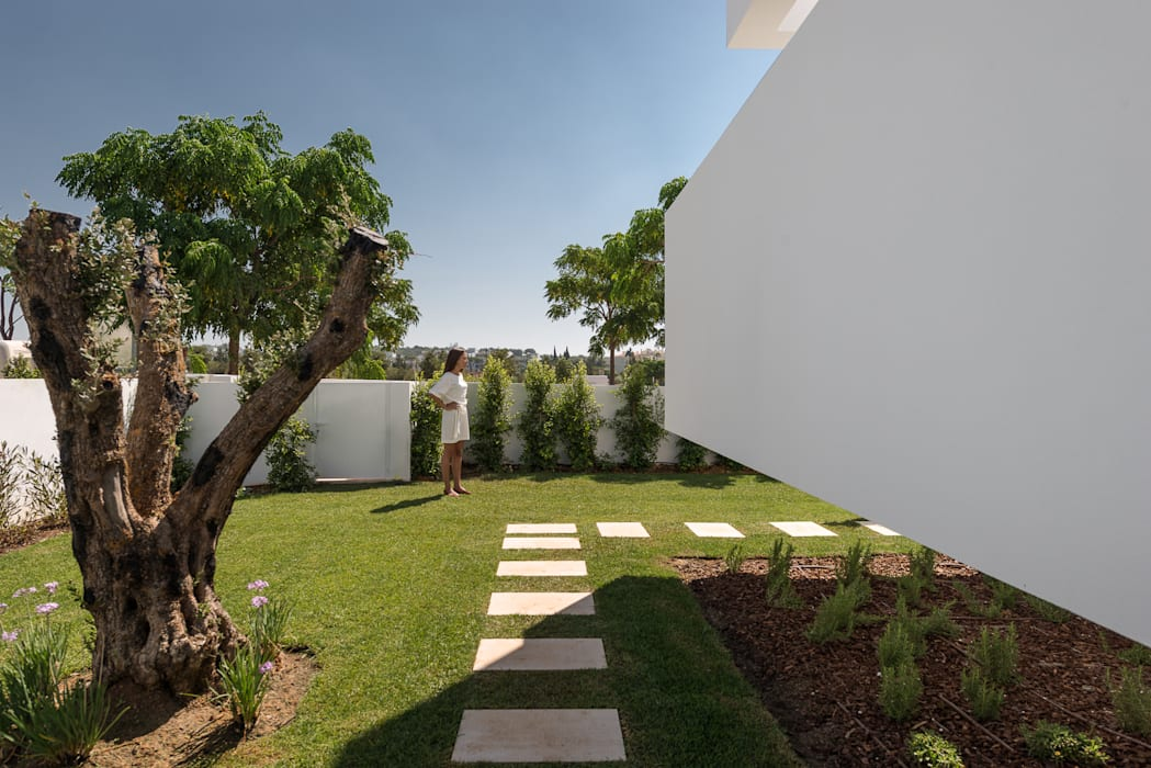 Cinco Terraços e um Jardim: Jardins  por Corpo Atelier,Moderno