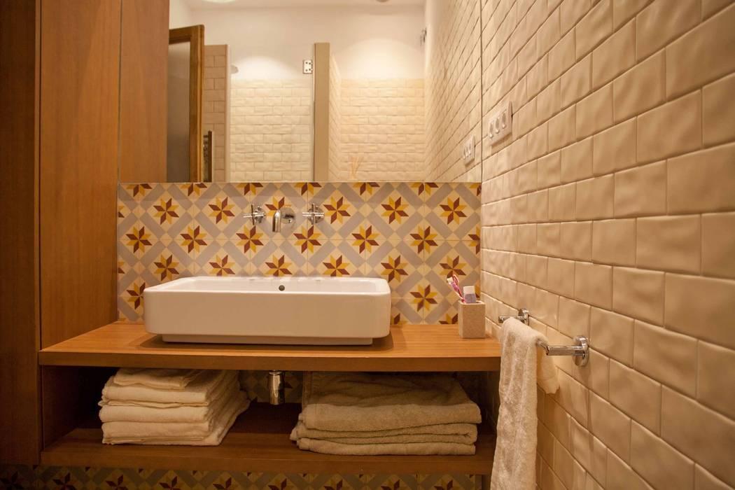 Bathroom. Baño. Toilet. Aseo. Baños de estilo moderno de Brick Serveis d'Interiorisme S.L. Moderno