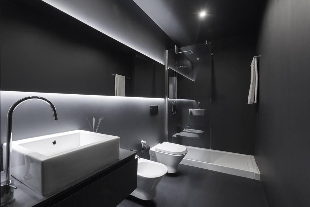 SS Apartment: Casas de banho  por PAULO MARTINS ARQ&DESIGN,Minimalista