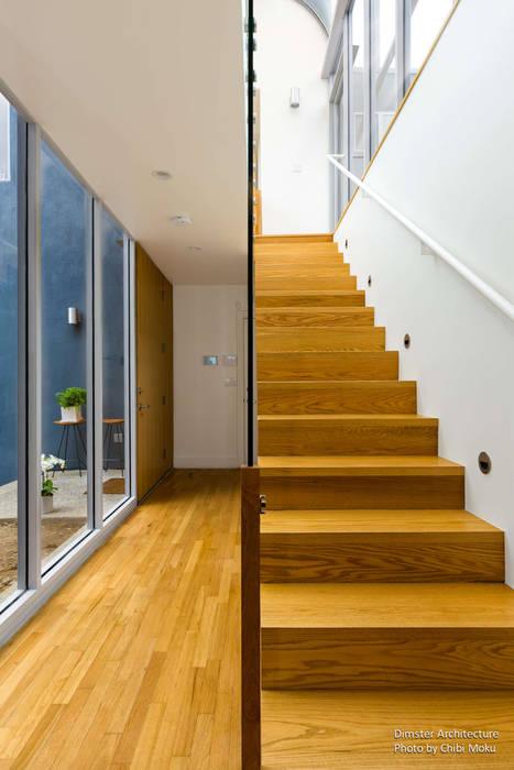 ห้องโถงทางเดินและบันไดสมัยใหม่ โดย Chibi Moku โมเดิร์น ไม้ Wood effect