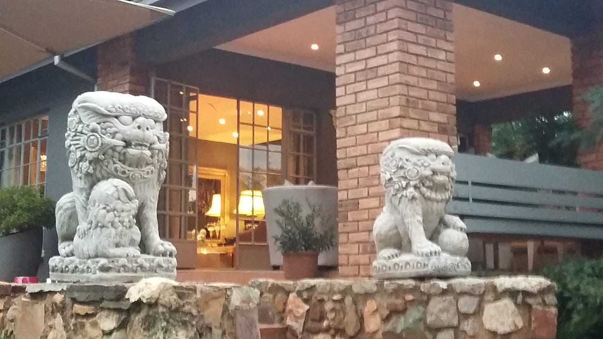 Grey House 根據 CKW Lifestyle Associates PTY Ltd 隨意取材風
