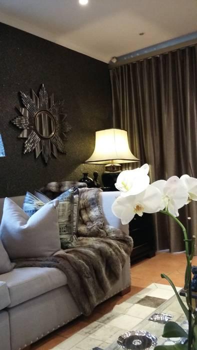 Ausgefallene Wohnzimmer von CKW Lifestyle Associates PTY Ltd Ausgefallen