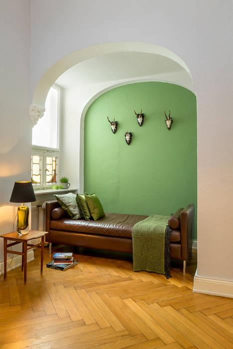 Entrée moderner flur, diele & treppenhaus von britta weißer ...