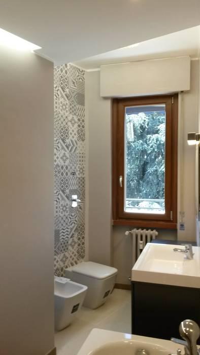 Bathroom by Architetto Alberto Colella