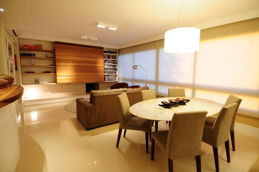 Salas / recibidores de estilo  por João Linck   Arquitetura,