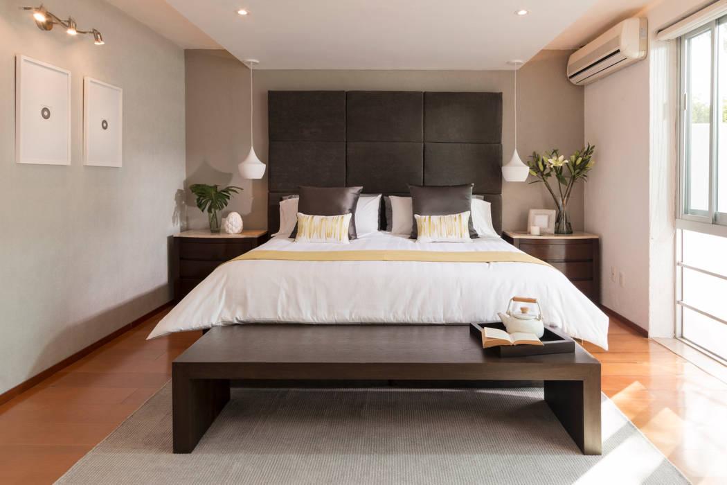 Casa RR: Recámaras de estilo  por MM estudio interior