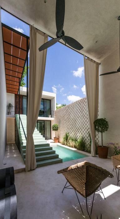Balcones y terrazas de estilo moderno de Taller Estilo Arquitectura Moderno Concreto