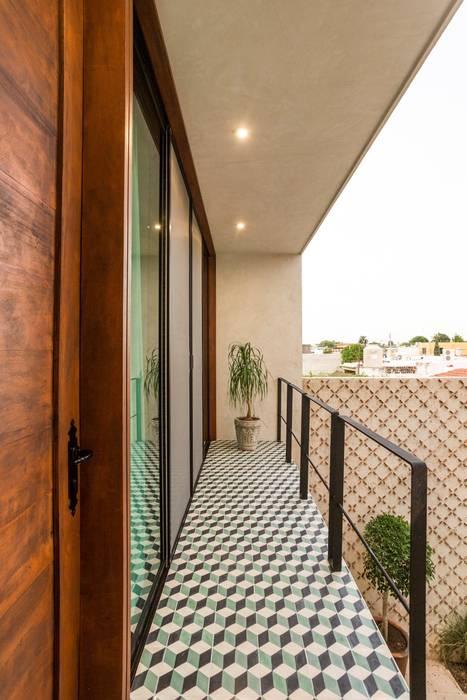 Patios & Decks by Taller Estilo Arquitectura, Modern Concrete