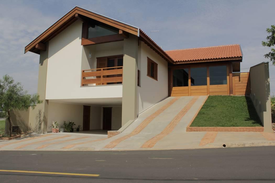 Maisons de style  par Lozí - Projeto e Obra, Rustique