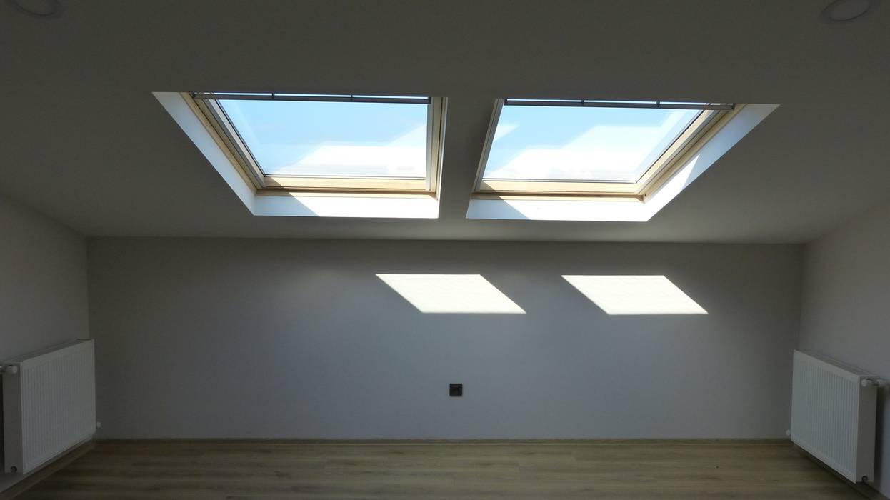 Lavinya Apartmanı Modern Pencere & Kapılar yücel partners Modern Ahşap Ahşap rengi