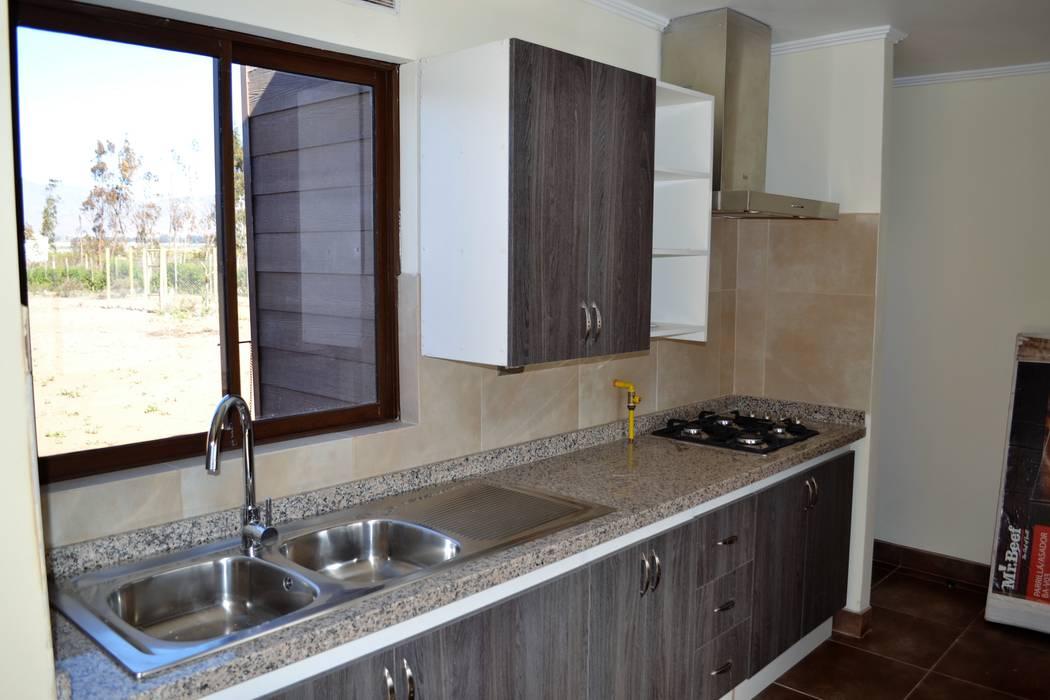 Vivienda unifamiliar mediterráneo: Cocinas de estilo  por Casas Metal