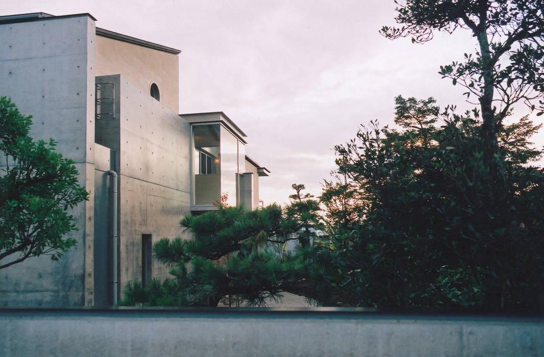 RC造の三世代住宅|六条の家 モダンな 家 の シーズ・アーキスタディオ建築設計室 モダン