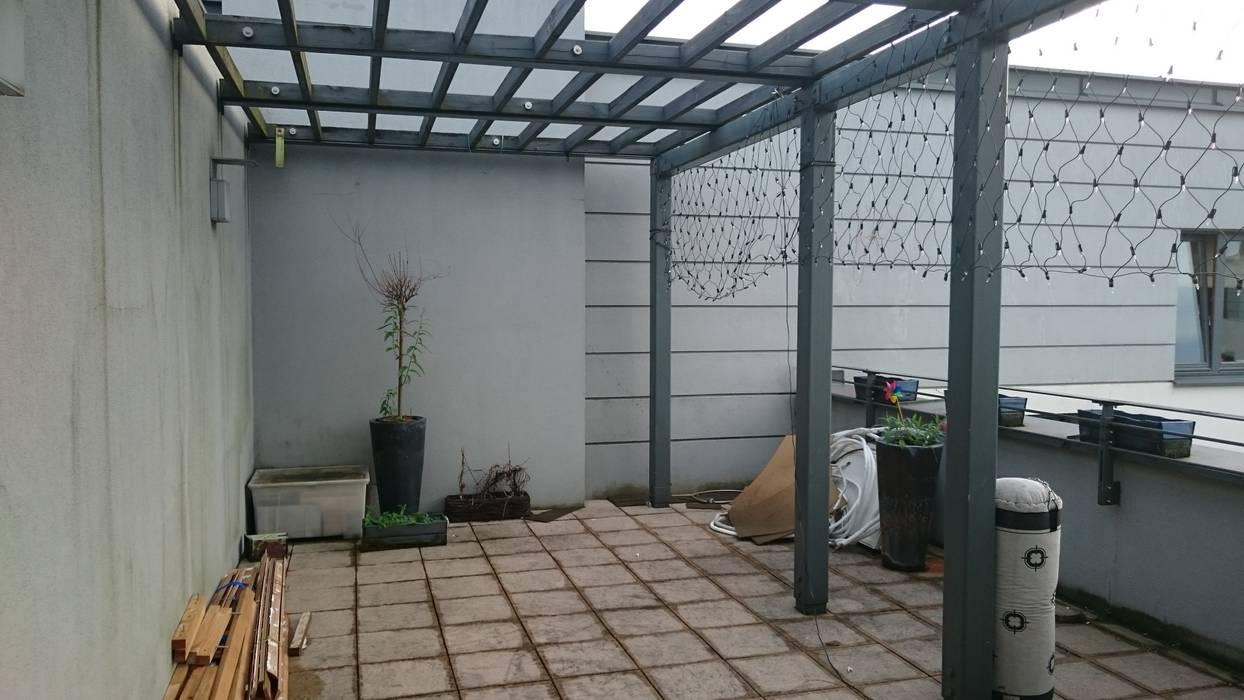 Perfect Space Balkon, Beranda & Teras Klasik