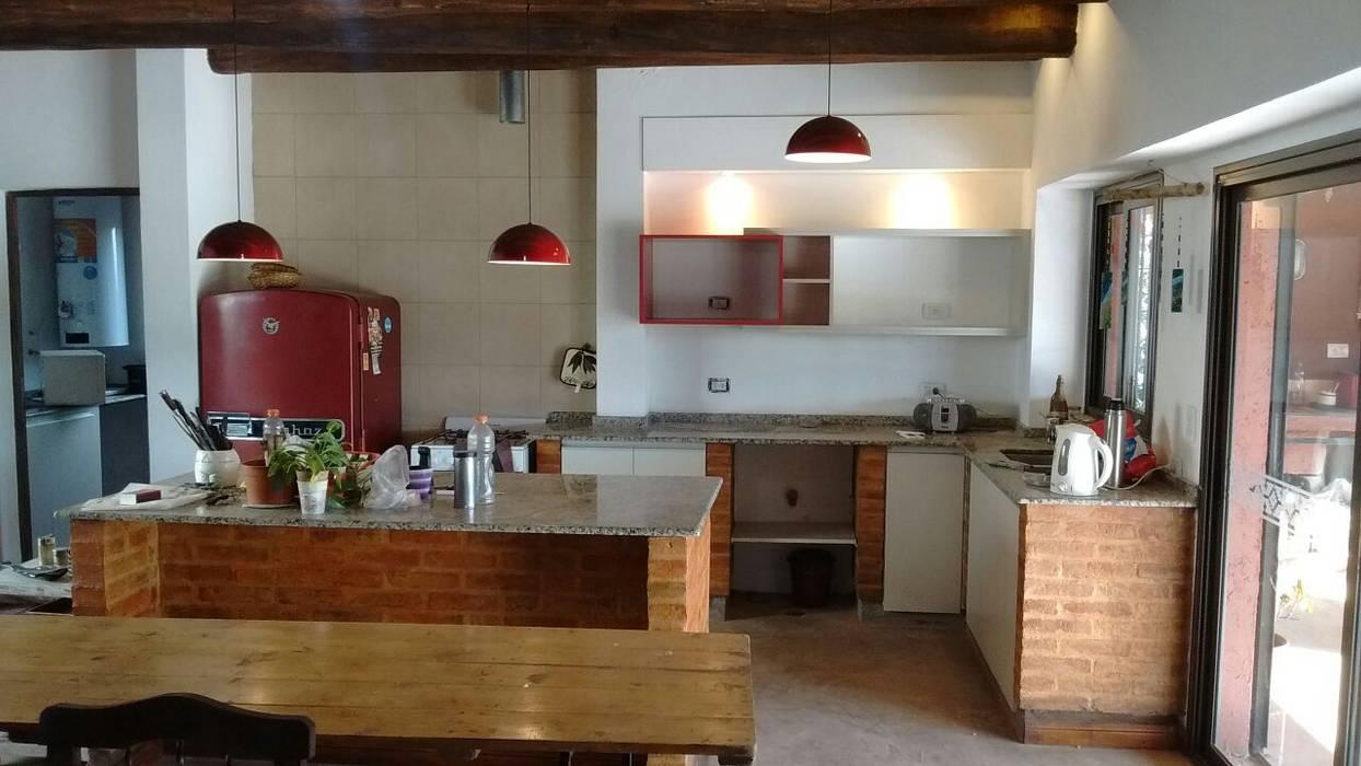 Cocinas y Vestidores Aurea Arquitectura y Amoblamientos CocinasMuebles de cocina