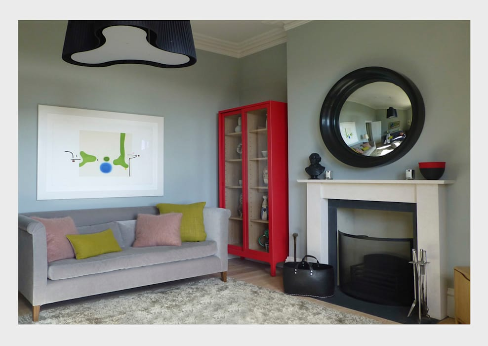 Living room by CHALKSPACE, Classic