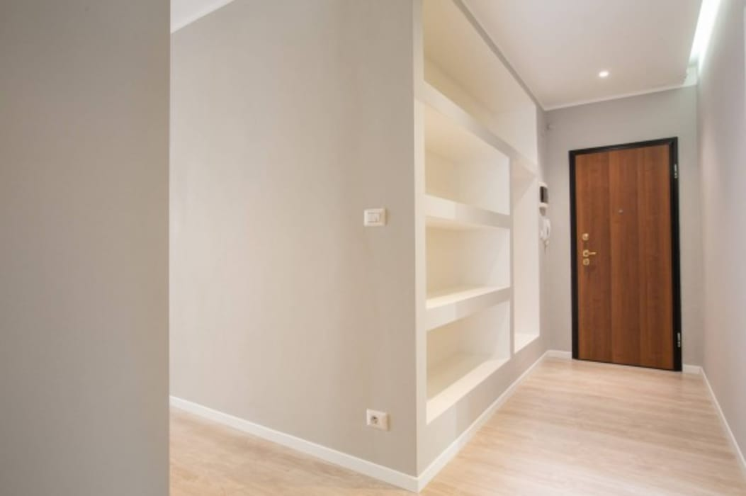 Modern Corridor, Hallway and Staircase by MmArchi. I Monica Maraspin Architetto Modern Wood Wood effect