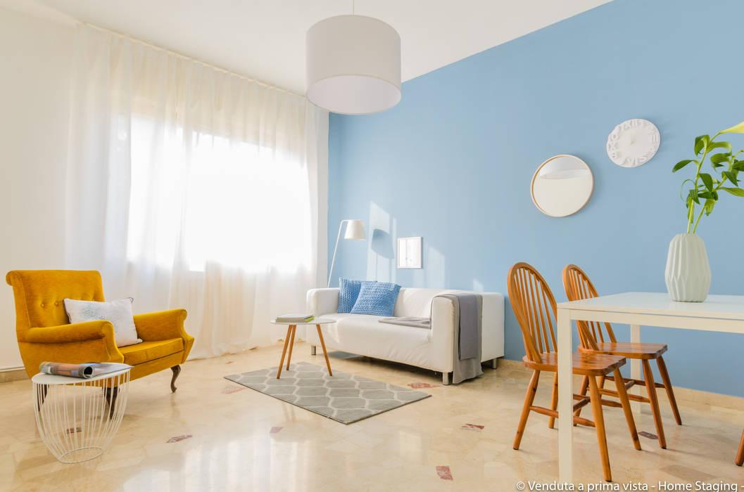 Living room by Venduta a Prima Vista, Scandinavian