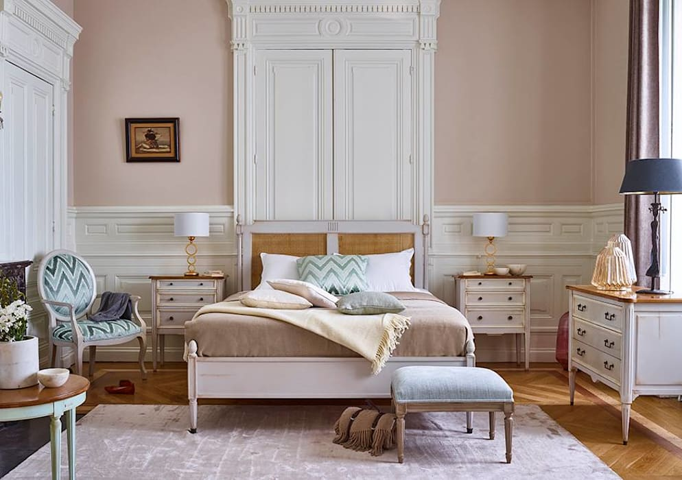Bedroom by Conexo., Modern Solid Wood Multicolored