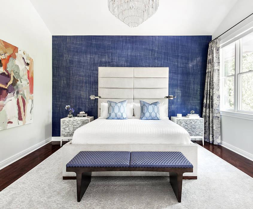 Master Bedroom:  Bedroom by Clean Design,