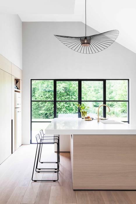 Cocinas de estilo  por JUMA architects, Moderno