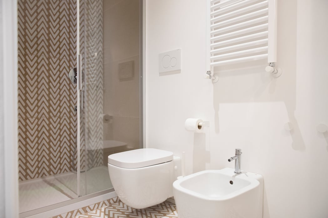 Moderne Badezimmer von ArchEnjoy Studio Modern Keramik