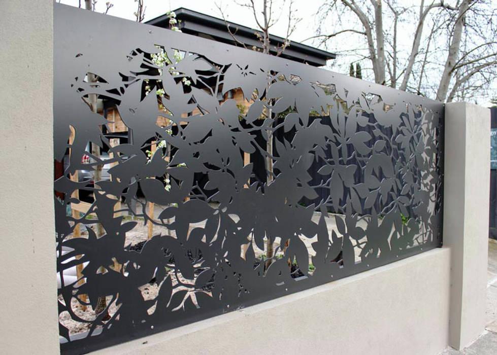 FERFORJE LAZER KESİM UYGULAMALARIMIZ Modern Bahçe NATUREL METAL FERFORJE Modern
