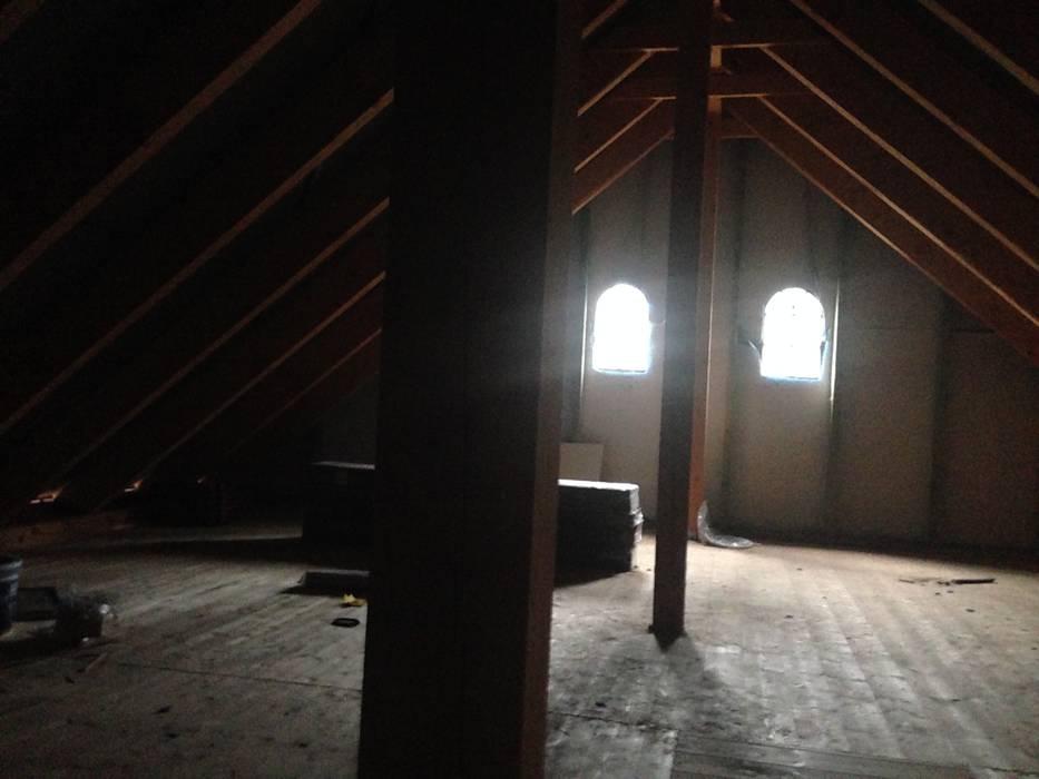 Dachboden über der Garage von Karin Armbrust - Home Staging