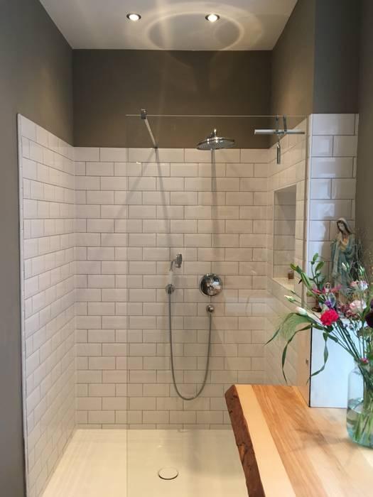 Dusche gästebad: badezimmer von tim diekhans architektur | homify