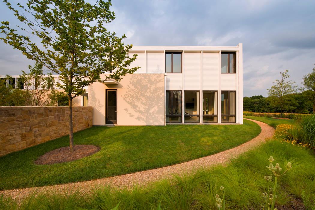 Jardins modernos por Cunningham | Quill Architects Moderno