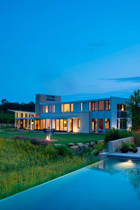 Piscinas modernas por Cunningham | Quill Architects Moderno