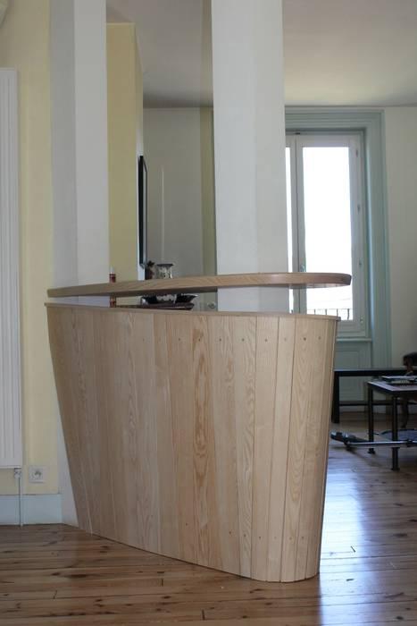 Meuble Télévision Bar: Salon De Style Par Atelier Bois Dlilio