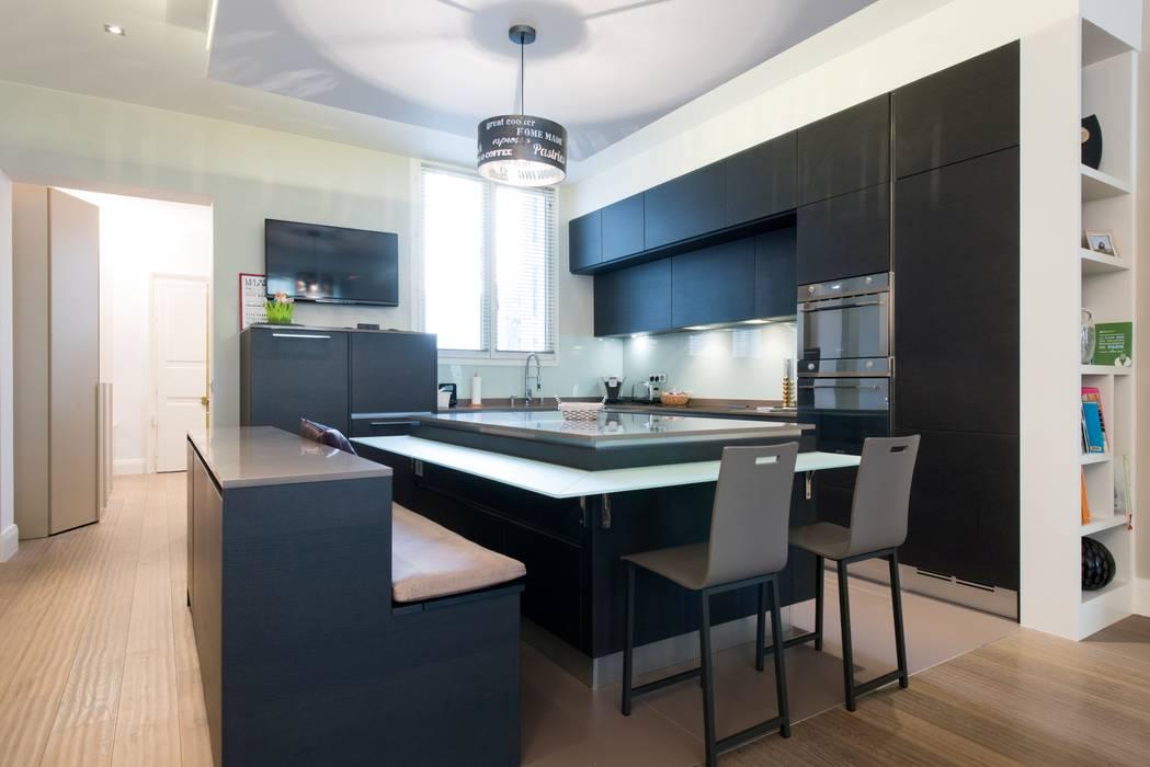 Modern Kitchen By La Cuisine Dans Le Bain Sk Concept Modern Homify