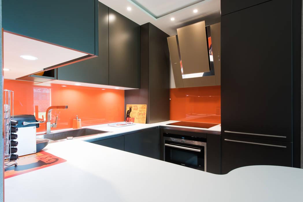 Minimalist Kitchen By La Cuisine Dans Le Bain Sk Concept