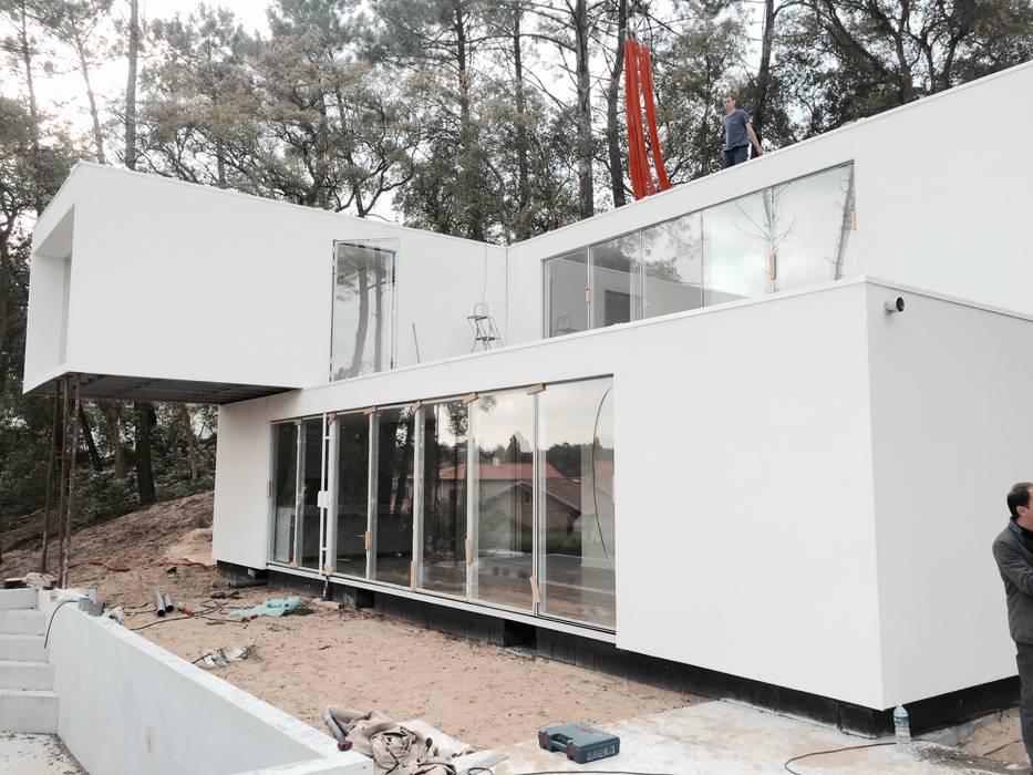 Fábrica Das Casas - Arquitetura Modular por homify Moderno